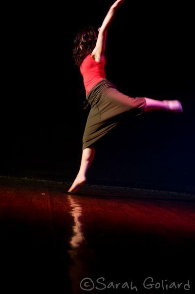 Danse Improvisée et composition instantanée @ Salle polyvalente 2