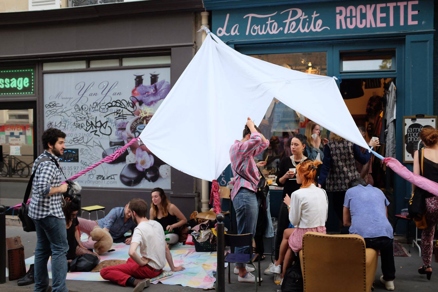 Boutique Specialisee Cafe Telephone A L Etranger